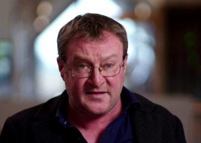 Roddy Doyle (As Gaeilge)